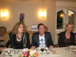 Avec Noëlle Chatelet et Brigitte Lahaie